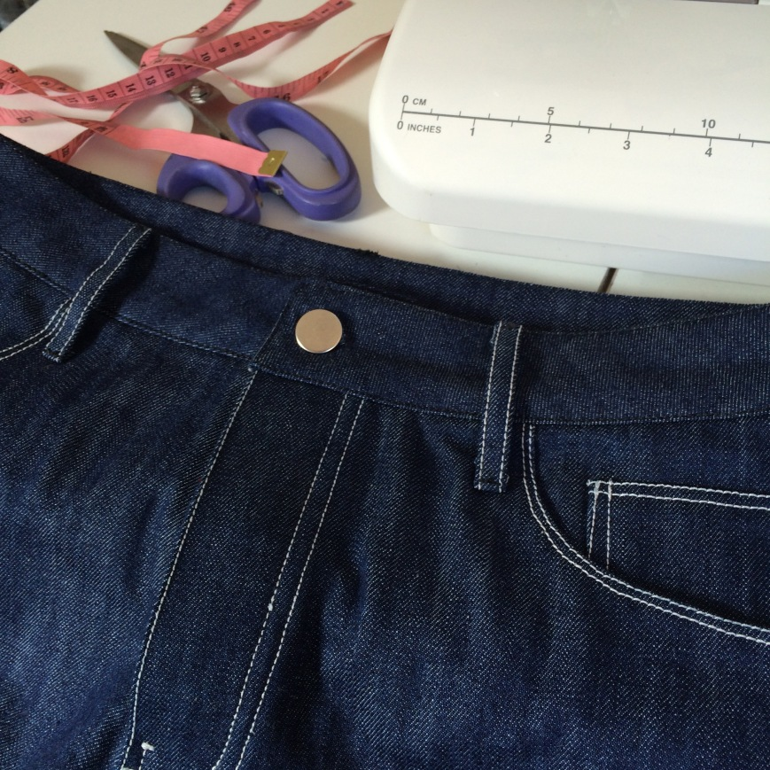 Making Jeans buttons